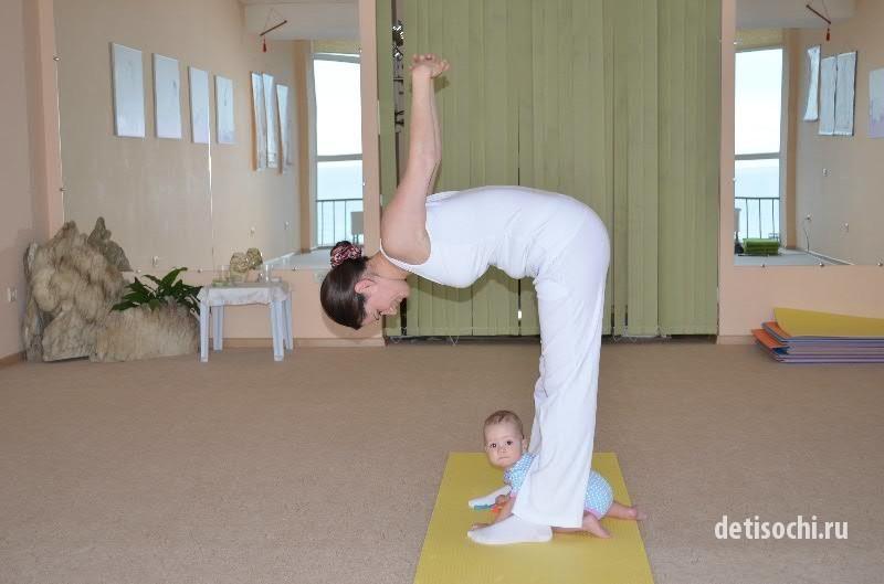 Как делать массаж ног детям до года